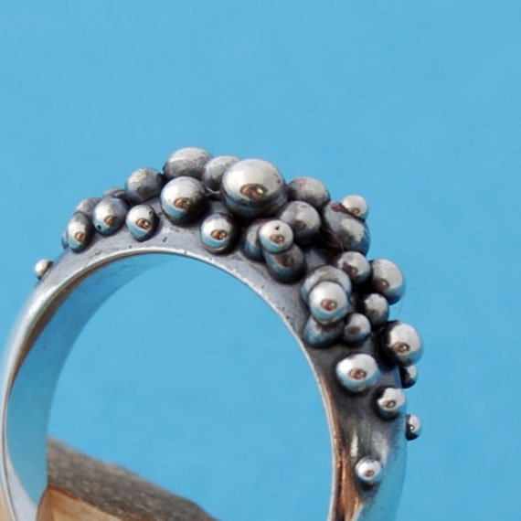 RESERVED pour Marie - SALE - Caviar no2 - Sterling silver bubble ring - size 5 1/4