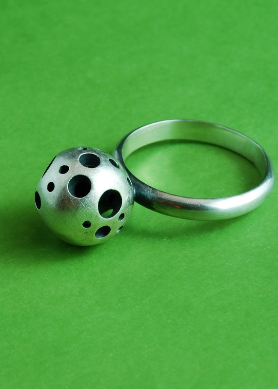 SUPER SALE The Dotted sphere - Sterling silver ring