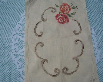 On Sale - 1960s Vintage Embroidered Table Mat, Unfinished.