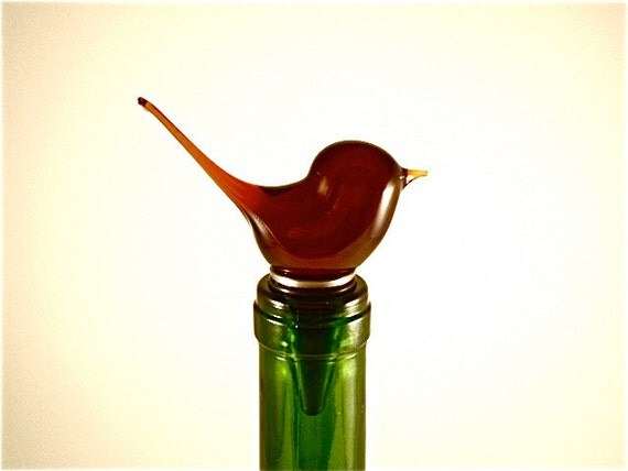 Glass bird wine stopper