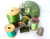 Vintage Wood Spools, Green Thread, Supplies at HendyFinds
