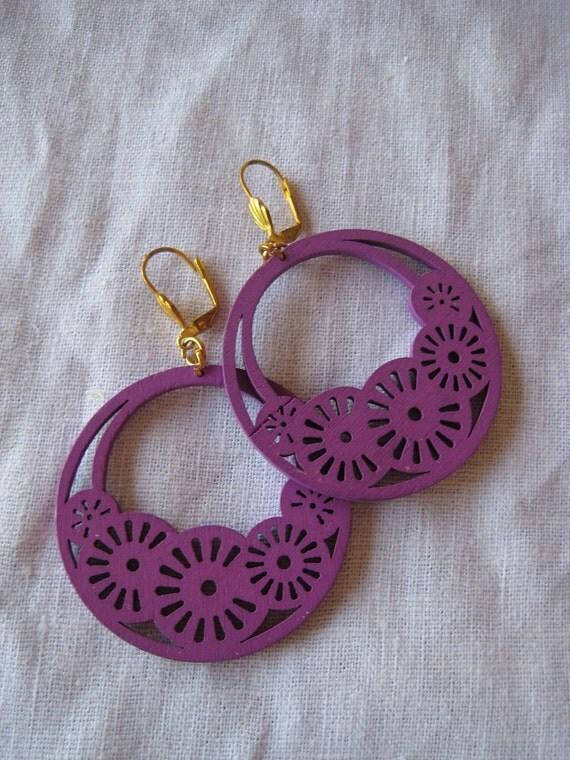Violet Filigree Cut Wood Earring
