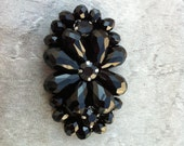 Vintage Antique Oval Shape Dark Stones Brooch