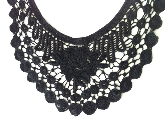 Arabesque Style Floral Crochet Black Necklace Collar for Tops, Blouses and Dresses embellishment - Handmade .