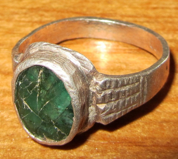 Ancient Era Silver Ring - Cracked Emerald - Size 7 - Byzantine Perhaps