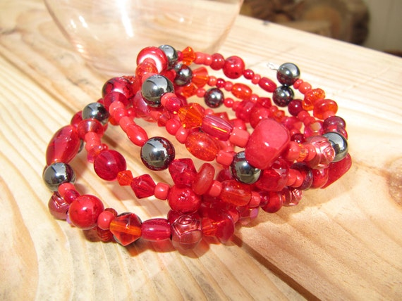 red and hemalyke memory wire bracelet and earring set. Ready to ship, gifts for women,  gifts under 35