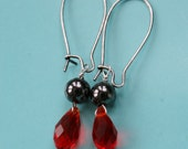 red sapphire briolette bridesmaid earrings.  Metallic Black and red dangle earrings. sapphire teardrop gift idea for bridesmaids, wedding