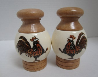 Rooster Designed Salt and Pepper Shakers c.1960