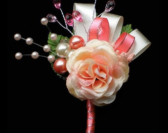 Boutonniere - Pretty In Pink
