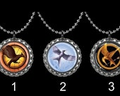 Hunger Games Bottle Cap Necklace or Zipper Pull - Hunger Games (Select One Style)