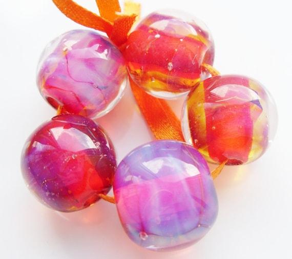 Silver glass pinks - Handmade lampwork bead set