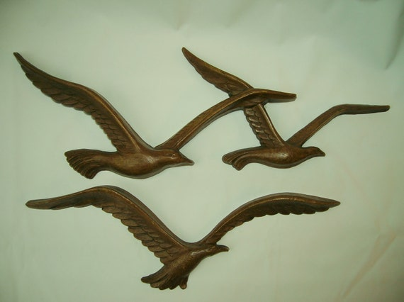 Bird Wall Hanging Faux Wood Resin Two Pieces Three Birds