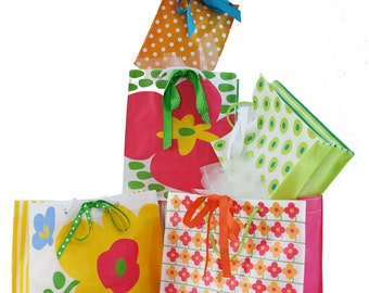5 REUSABLE, recyclable GIFT BAGS bargain . Everyday Collection .  flowers stripes polka dots pink yellow green turquoise orange