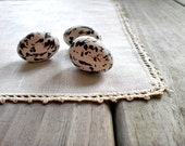 Vintage / Home Decor / Linens / doily tea towel tray liner / natural white / crochet picot edge
