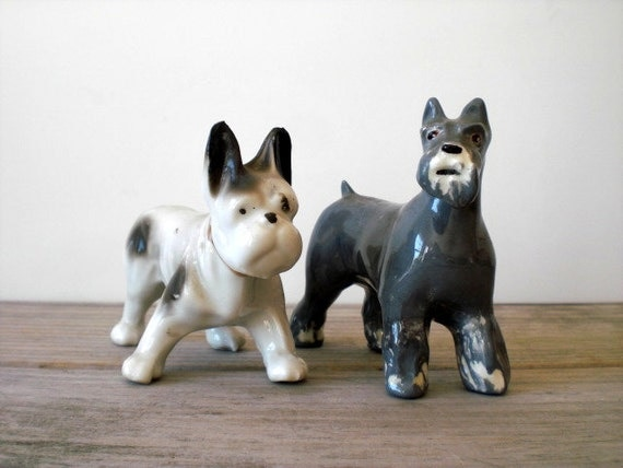 Vintage / Collectibles / Figurine / schnauzer / terrier / bulldog / dogs / dog / white / gray / instant collection / set of two
