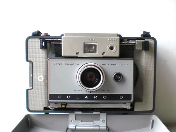 RESERVED LISTING - Vintage / Electronics / Camera / Polaroid Land Camera 230 kit / retro / geek industrial home decor / gray / leather case