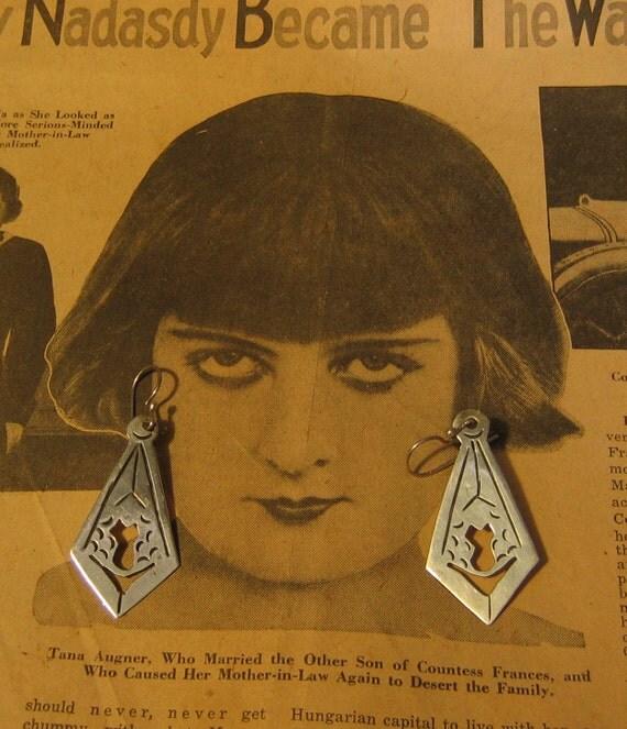Vintage Mexican Sterling Silver Earrings