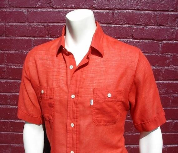 Vintage LEVI'S Mens Red Button Up Short Sleeve Spring / Summer Shirt - Size LARGE
