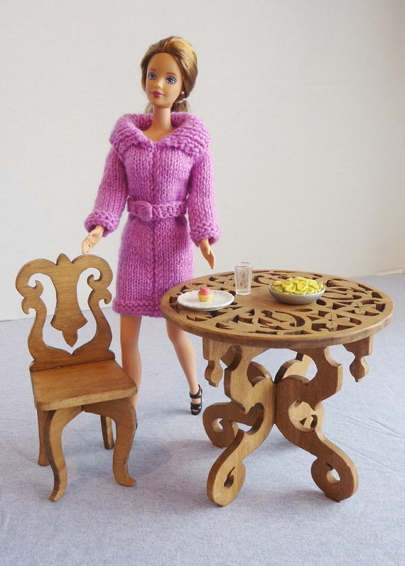 Doll Furniture Table and Chair Barbie Monster High
