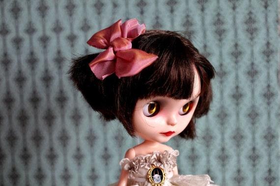 Sweet Sally Hair Bow - Rose PInk Silk Bow clip hair piece for your Blythe Princess