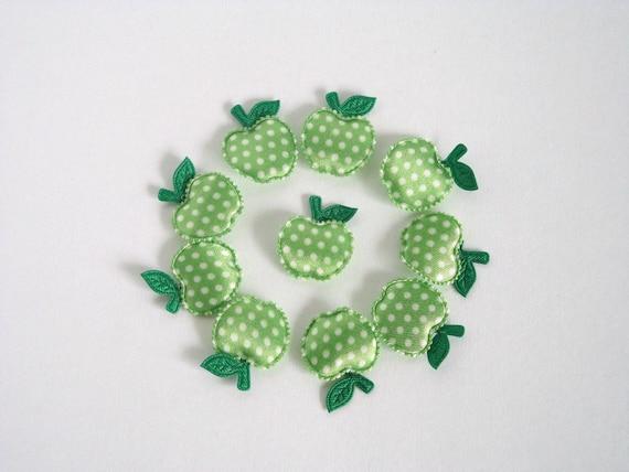SALE 10 Polka Dots Green Apples Padded Appliques / Embellishment