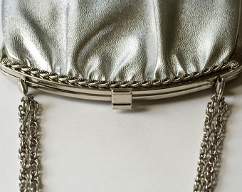 Vintage Silver Metallic Handbag/Purse