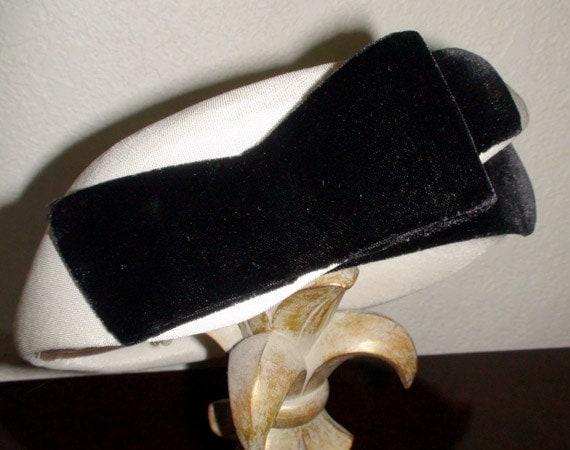Mark III Vintage White Hat with Black Velvet Ribbon