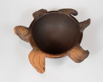 Native  American Turtle Totem (tt004) animal sculpture by Nansee New, Casa Luz