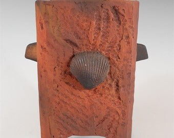 Clay Box (trbx001), handmade small slab clay box with shell in earth tones by Nansee New of Casa Luz
