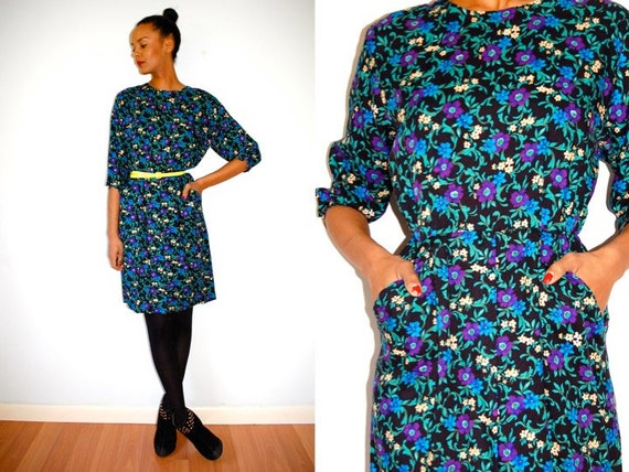 Vtg Floral Print LS Wiggle Dress w Pockets
