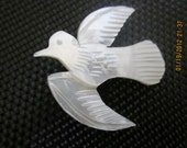 Carved Mother of Pearl Peace Dove Bird  Brooch Vintage