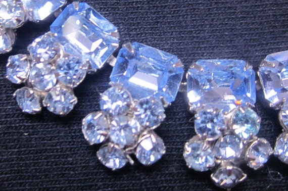Glamorous Vintage Trifari  Baby Blue Crystal Rhinestone Flowers on Silver Necklace   Sparkling