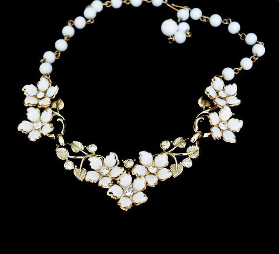 RESERVED Vintage White Flower and Rhinestone Necklace