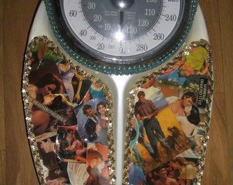 Kitschy Decoupage Bathroom Scale Fun and Practical.