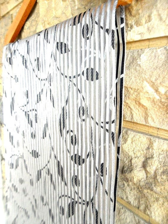 table runner, silver striped,black leaves, floral designed, shimmering sparkling ,spring gift home free shipping worldwide