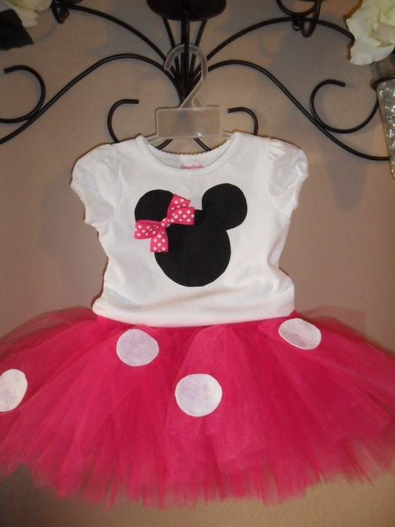 Minnie Mouse/hot pink