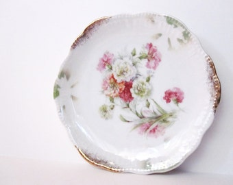 Vintage Bavaria Plate with Floral Pattern, Gold Trim