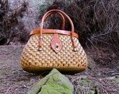 P i c n i c  I n  S t y l e. Vintage 1950s  Artisan Woven Wicker Basket Purse With Saddle Leather Straps and Mirror