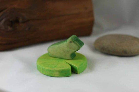 Frog and Lily Pad Wooden Toy Set -  Nature Table - Waldorf Animal