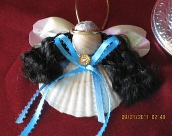 Sea shell Heavenly Sea Shelled Angel with dark hair