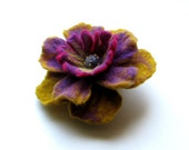 Flower Handfelted Wool Brooch - Felted Flower - Hand Felted Brooch  -  Flower Brooch - Felted Brooch