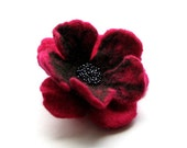 Purple flower - Felt Brooch - Poppy Felted Flower  - Felted Brooch
