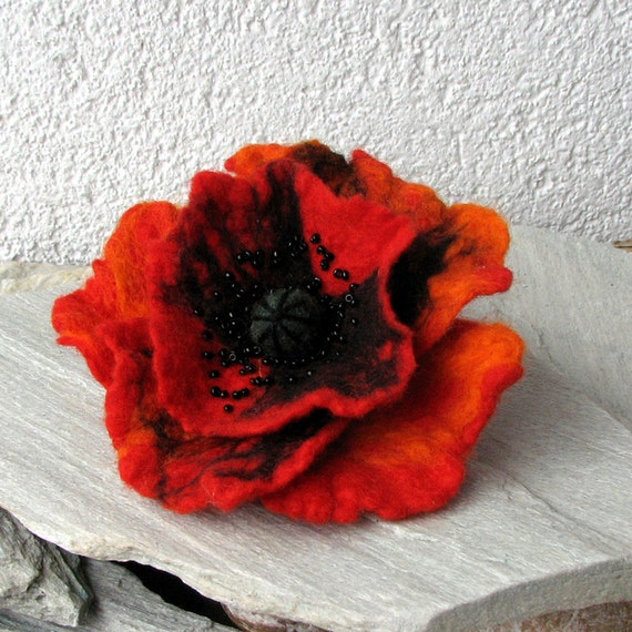 Felt Poppy Brooch - Poppy Red Brooch - Red Poppy Felted Wool - Flower Brooch Pin Corsage Flower