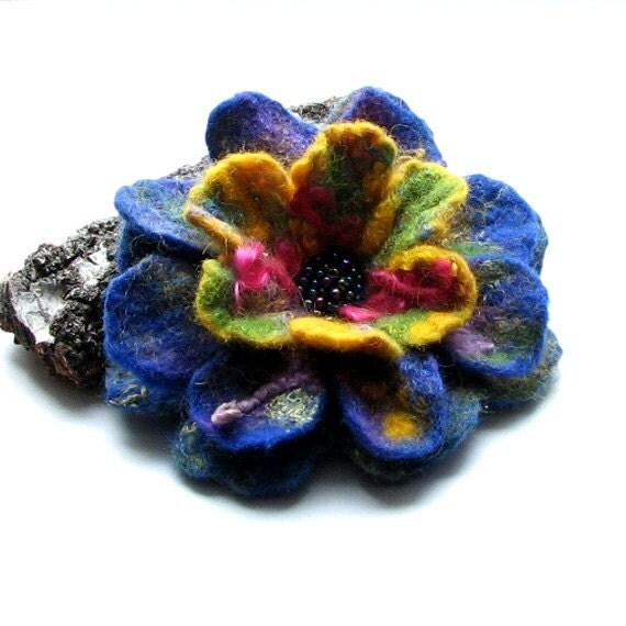 felt brooch flower felted brooch