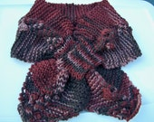 Cable and Berry Scarflet - Brown
