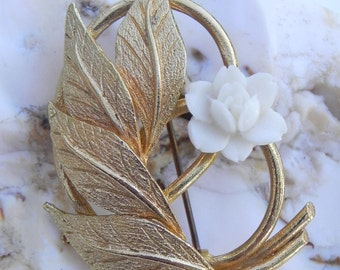 Flower and Leaves Brooch