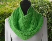 Infinity Eternity Cowl Neck Warmer Scarf Limelight Cluster Crochet