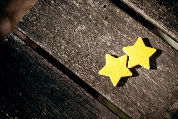 Felt picks for ukulele and bass guitar - star shaped YELLOW (pack of 2)
