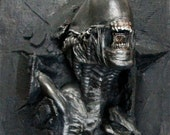 Life Size 7 feet Alien Warrior Wallbursting Prop