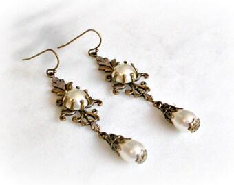 Pearl Romantic Earrings  - Bridal Earrings - Victorian Wedding Jewelry